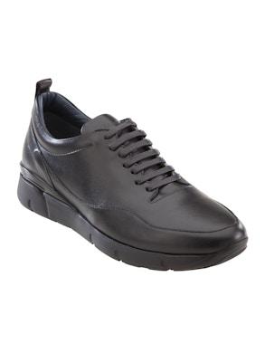 Black pumotto shoes