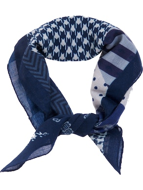 Blue patch foulard