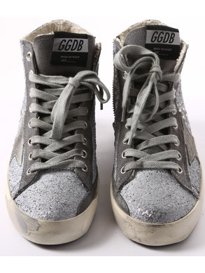 High silver sneakers with grey star