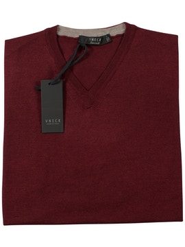 bordeaux v-neckline sweater
