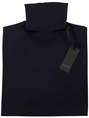 blu navy turtleneck sweater