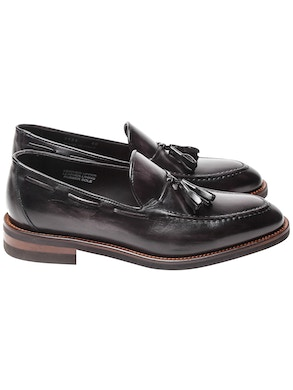 Leather Tassel loafer with vintage effect