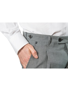 White/black trousers with geometric design