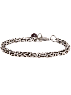 Bracelet with chainmail silver-plated.