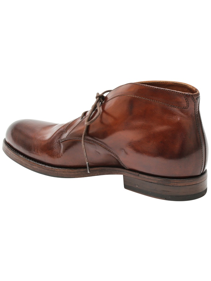 e14361fc827 Leather chukka boot old brandy | Italian Grace